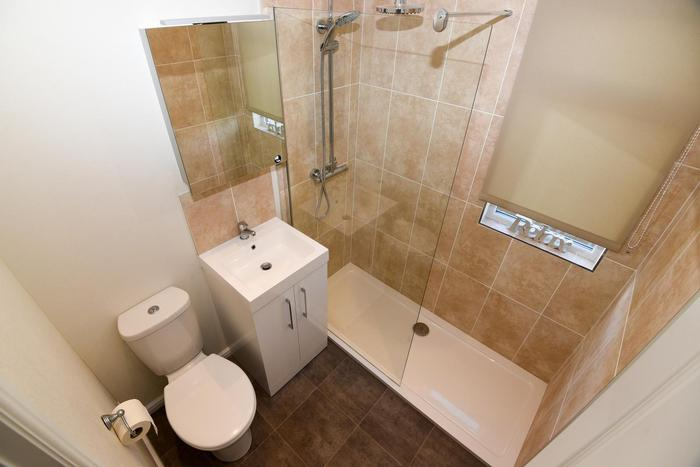 Prestige Home Seeker Langdale Shower Room