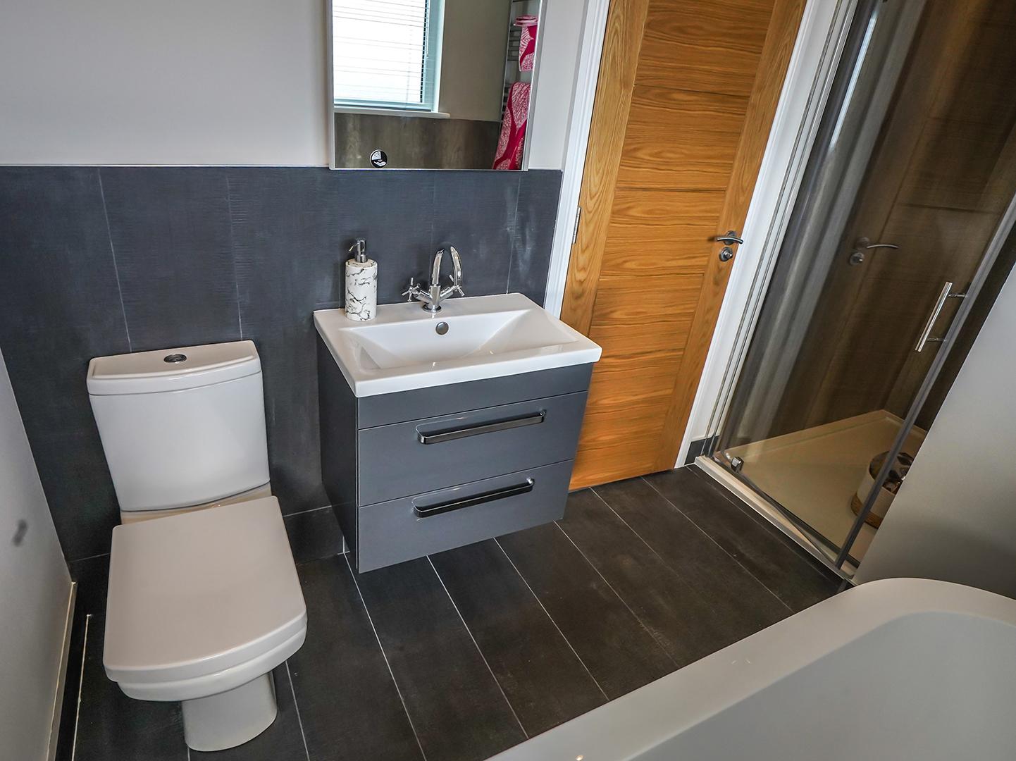 Oakgrove Waverton Toilet