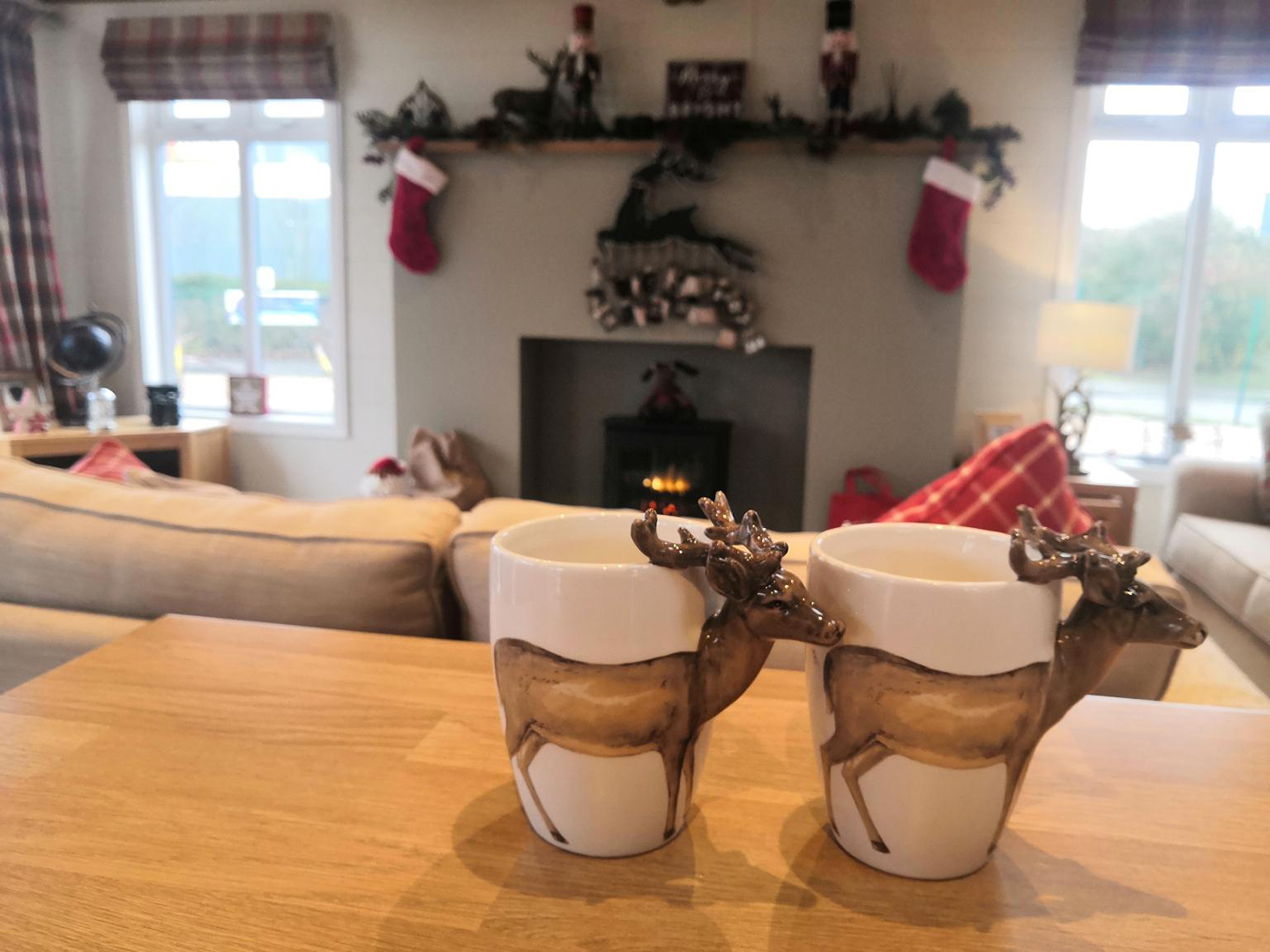 Prestige Homeseeker Forrester Lodge Christmas Cups